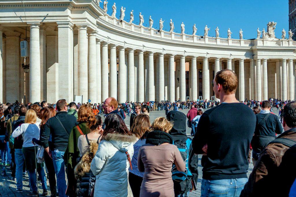Черга в собор св. Петра