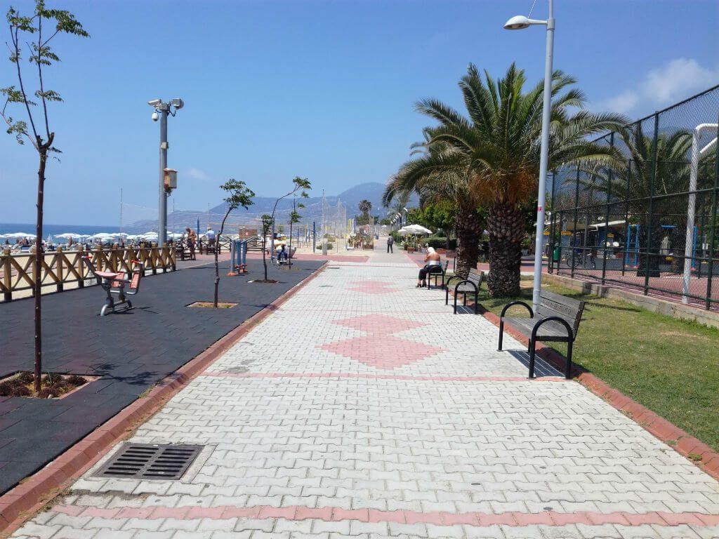 Аланія. Пляж Клеопатри